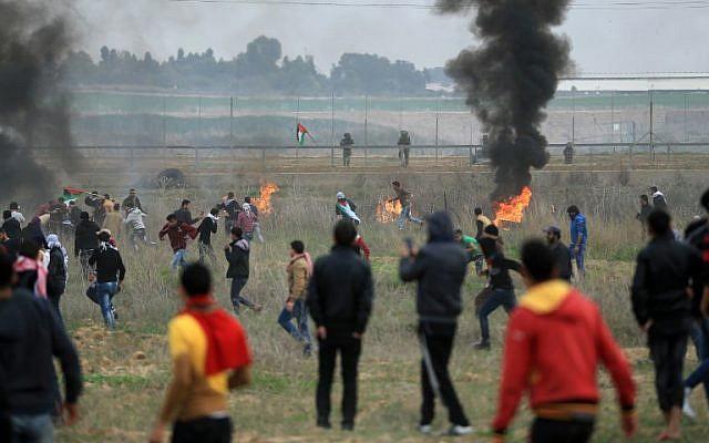 Liberman figyelmeztette a gázaiakat, hogy ne rendezzenek zavargásokat ahatárkerítésnél
