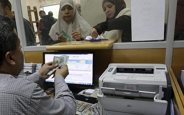 Riport: a Hamász az erőszak fokozásával fenyeget, ha Izrael nem engedélyezi a katari készpénz beengedését az övezetbe