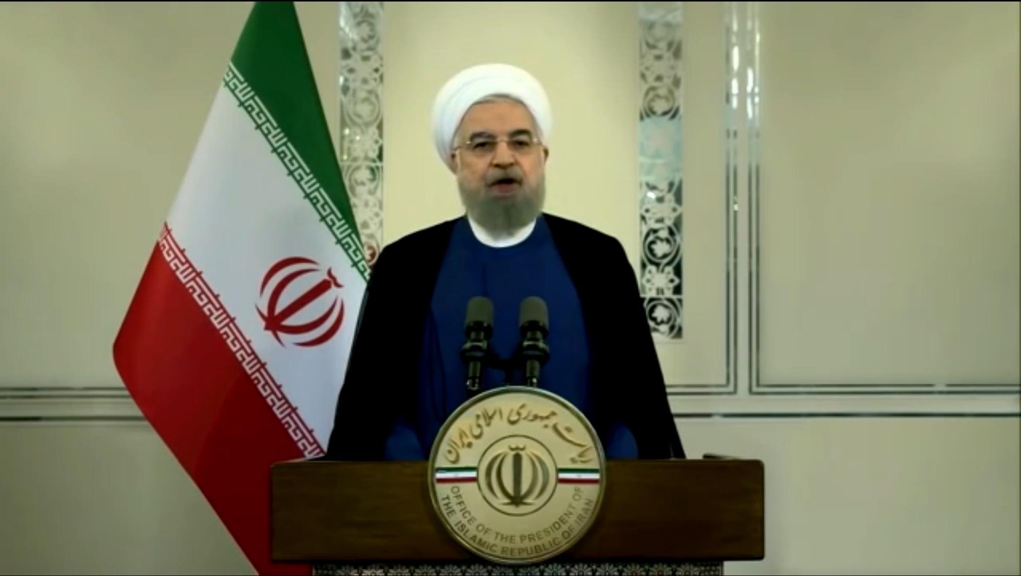 Rohani szerint Izrael áll Irán vezető atomtudósának megölése mögött, Hámenei bosszúval fenyeget