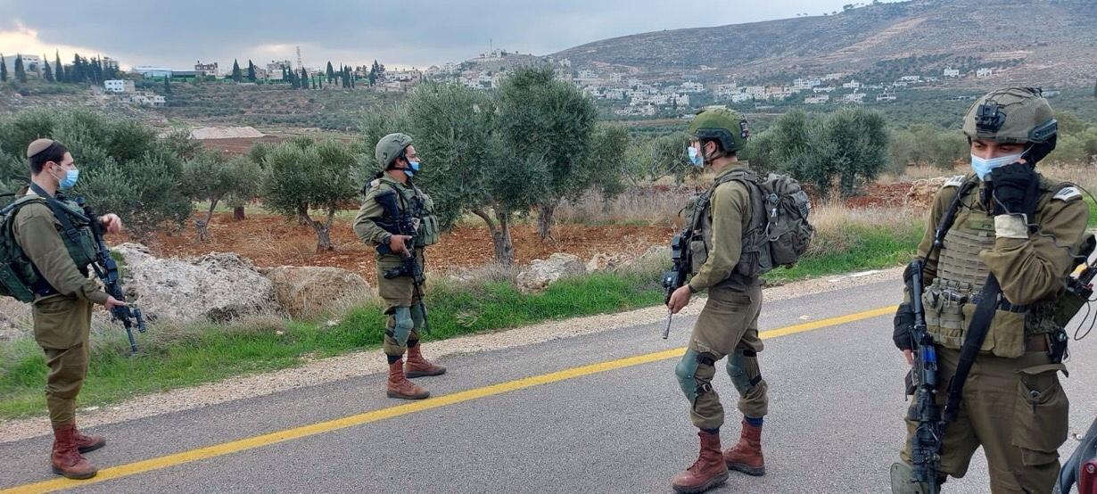 Ez egy izraeli tiszt és egy harcos súlyosan megsérült a tűzharcok során Júdea és Szamáriában